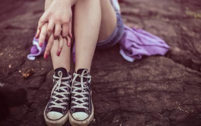 Juckende Beine – Ursachen & Online-Diagnose von Hautärzten